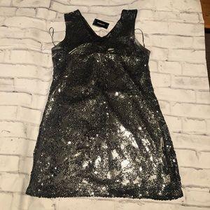 Express Silver Shiny  Dress. Size L. NWT.